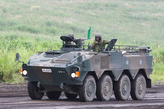 陸上自衛隊(96式装輪装甲車/88...