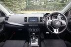 三菱 新型 ランサーエボリューションX インテリア