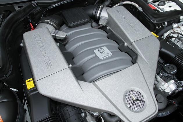 メルセデス・ベンツ C63 AMG クーペ 試乗レポート/岡本幸一郎