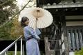 そしてモデルは愛沢舞美ちゃん。和傘なんて差しちゃって、憎いほどかわいいなぁ