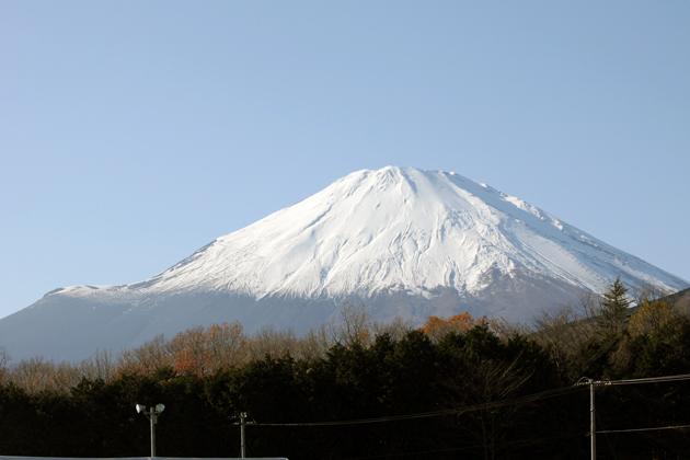 [NISMO FESTIVAL]富士スピードウェイから間近に望む富士山