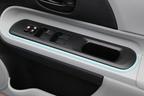 トヨタ アクア(AQUA)運転席ドア[Sグレード・内装色:クールブルー/シート表皮:S用ファブリック]