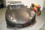 SUPER GTマシン「Honda HSV-010 GT」[2012年モデル]とMoto GPマシン「RC213V」[2012 Honda モータースポーツ活動計画発表会]