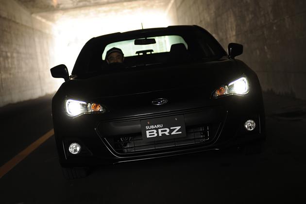 スバル BRZ 走行イメージ